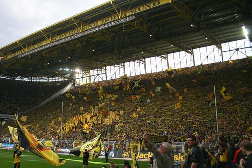 Südtribüne_Dortmund.jpg